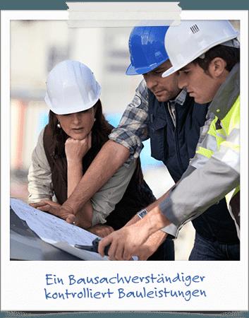 Ein Bausachverstaendiger kontrolliert Bauleistungen