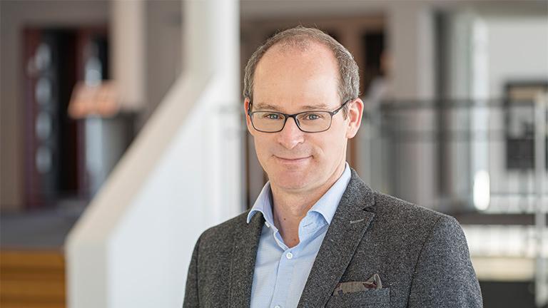 Dr. Mathias Schäfer - CEO von Fingerhaus