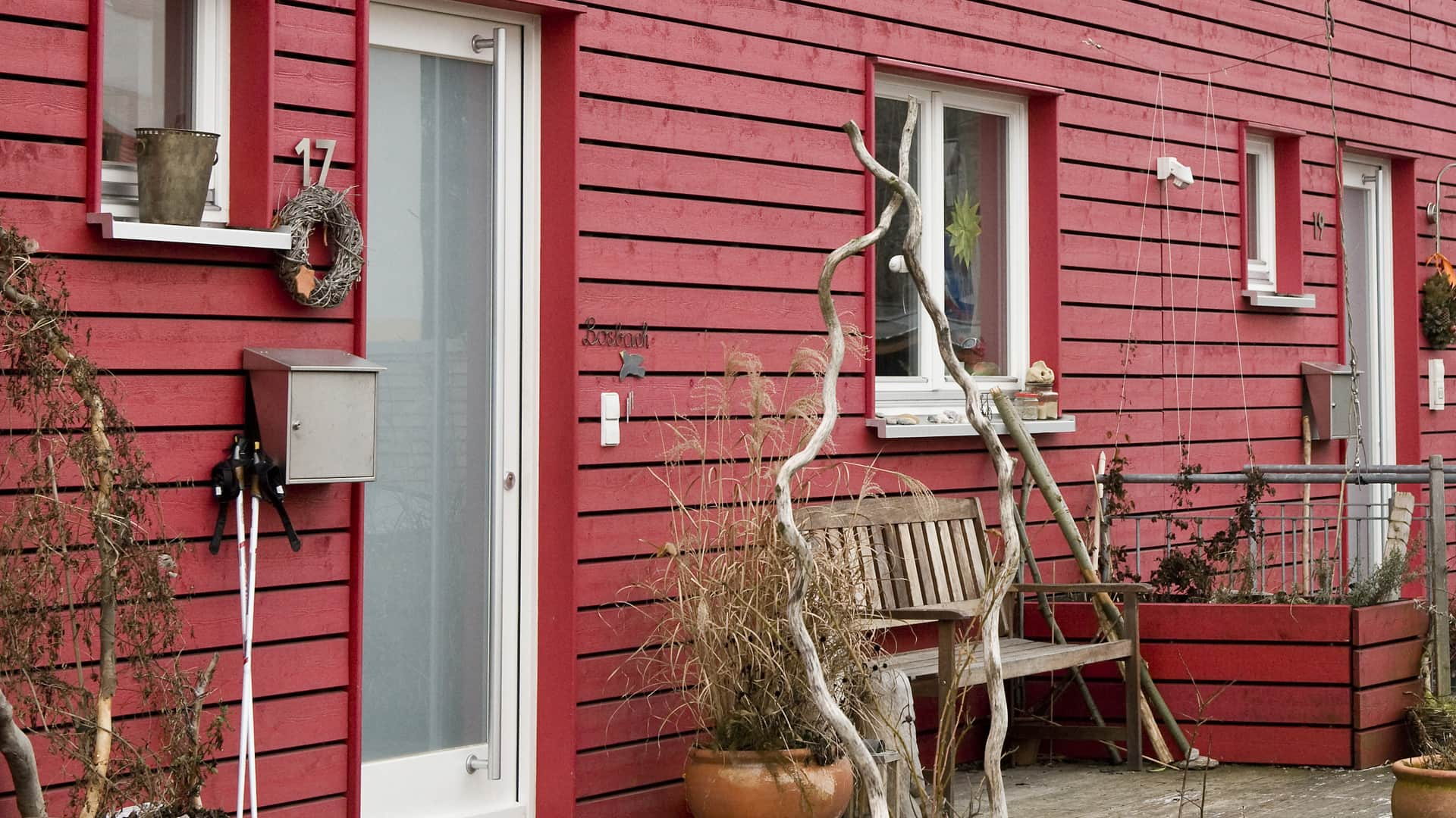 Eine schicke Fassade gibt dem Haus das gewisse Etwas.