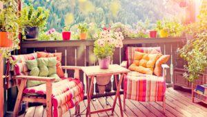 Ferienhaus Balkon im Wald