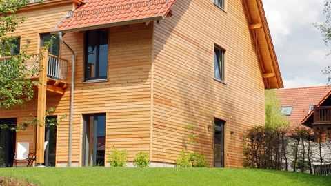 Holzhausanbieter