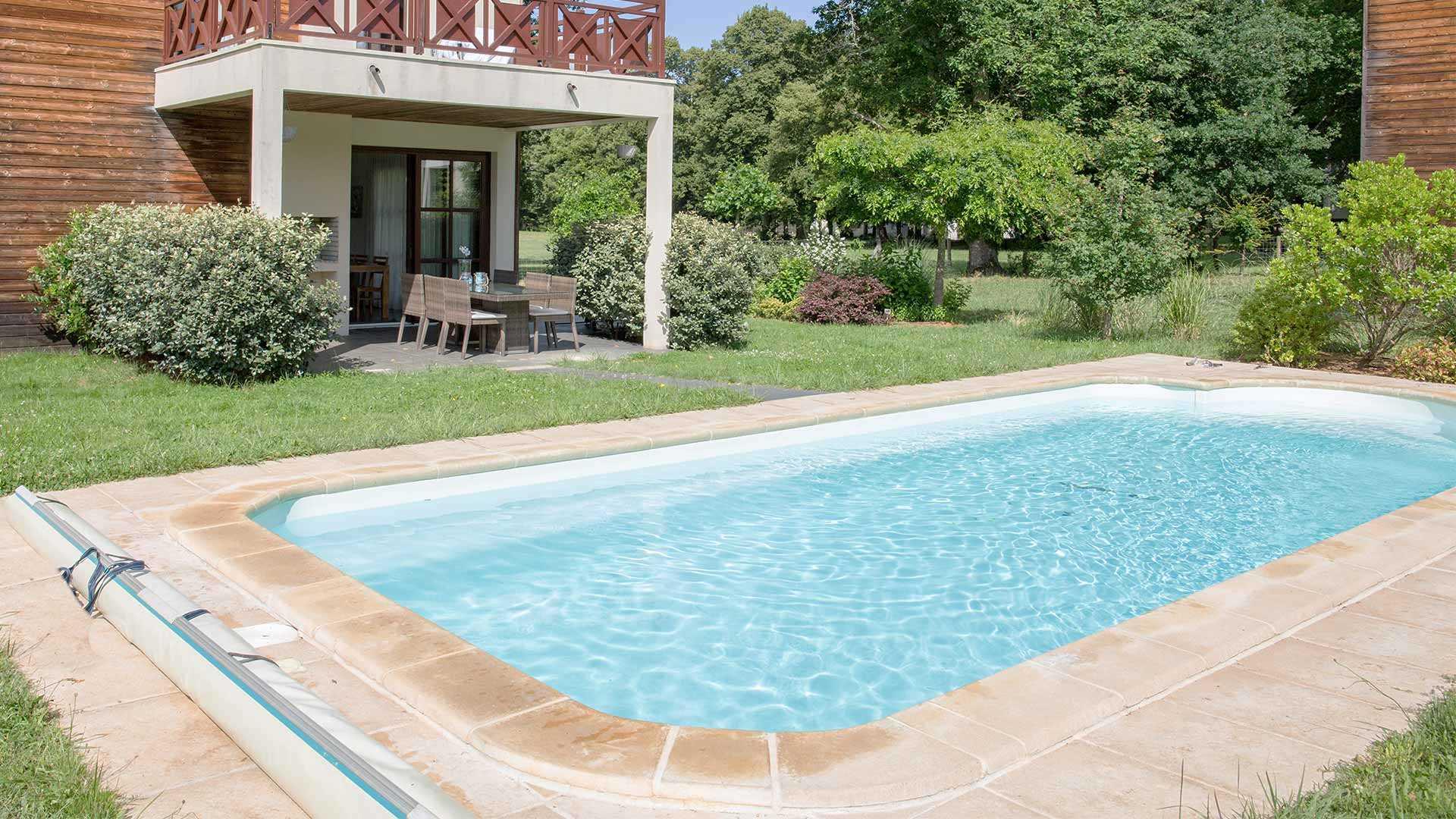 ein pool für den garten - welche pool-varianten gibt es?