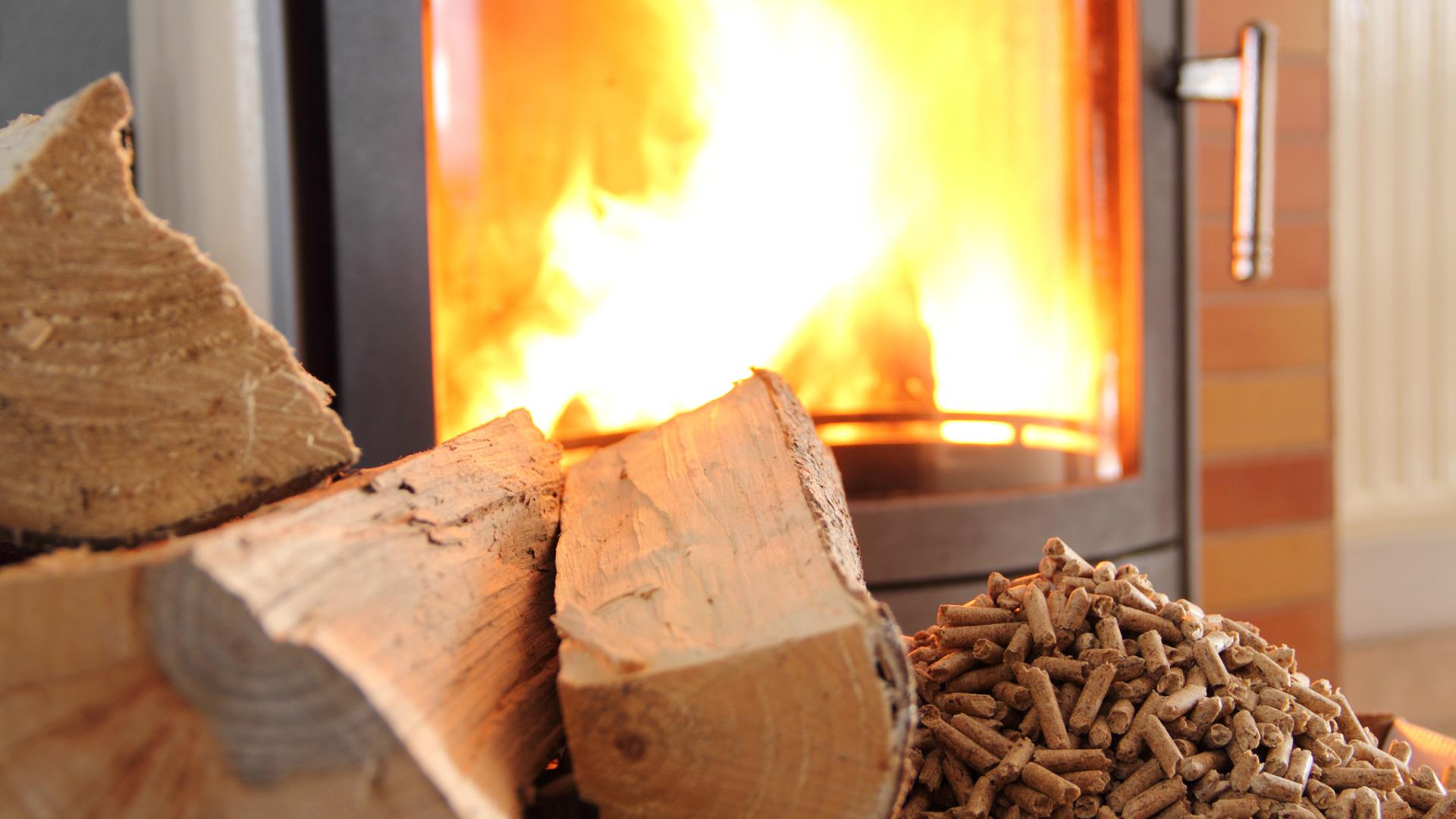 Kamin heizen mit Holz