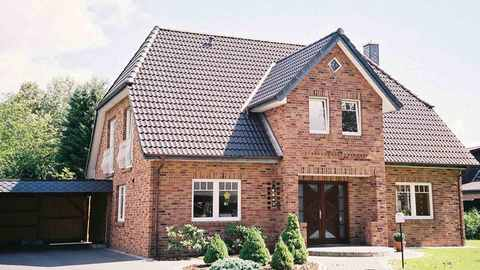 Kapitänshaus mit Haustürüberdachung