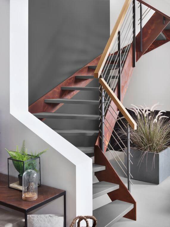 Loft-Treppe im industriellen Design