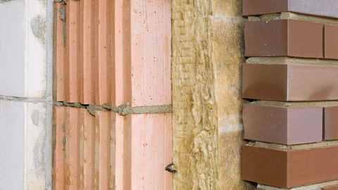 Wandbaufbau beim Massivhaus