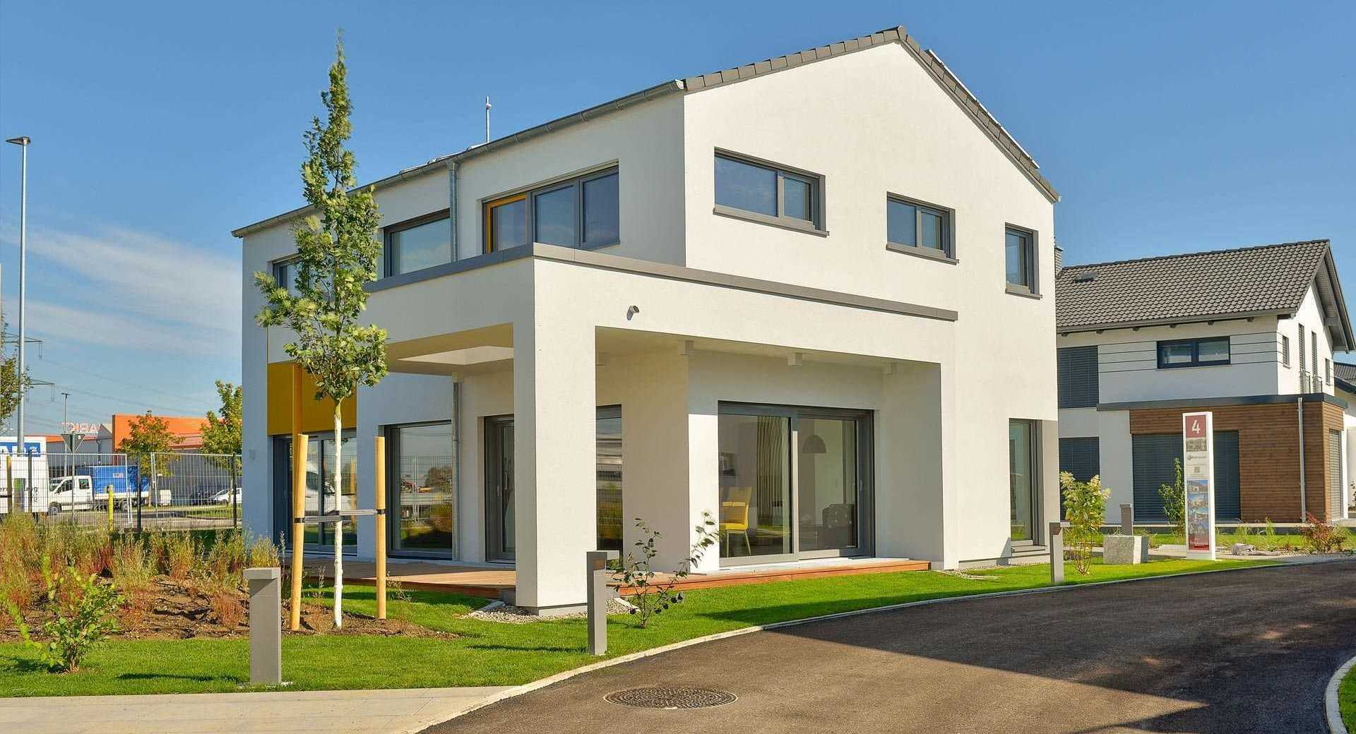 Modernes Einfamilienhaus von Büdenbender Hausbau