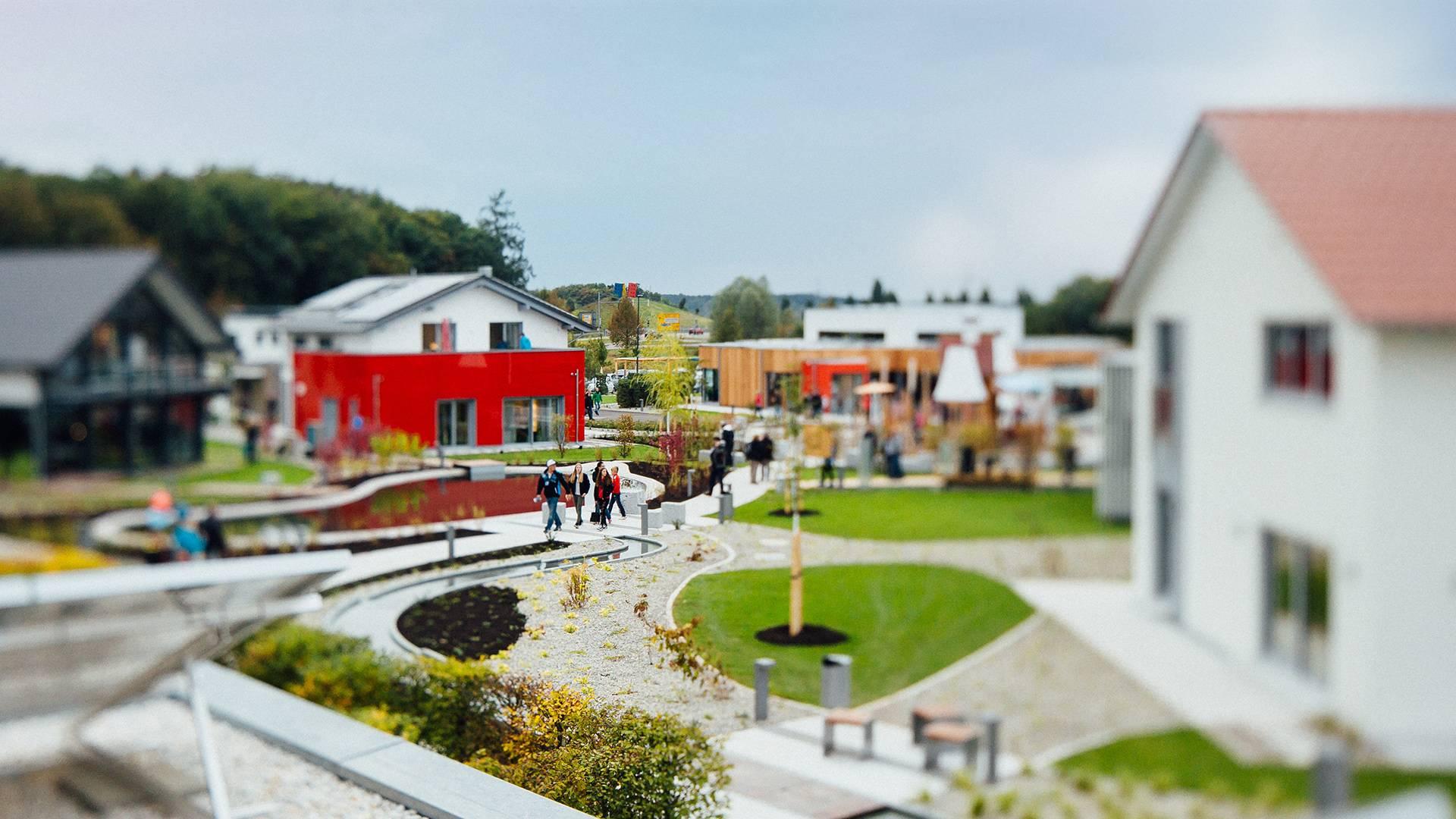 Foto von der Eröffnung der FertighausWelt Günzburg