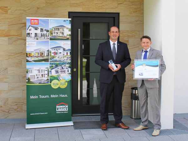 RenschHaus wurde von Euch auf den 1. Platz der Kategorie Einfamilienhaus gewählt.