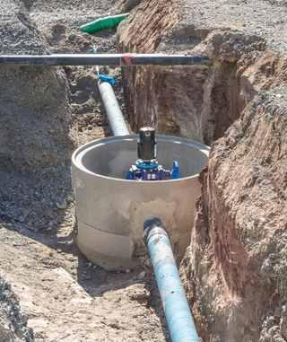 Kanal für den Wasseranschluss