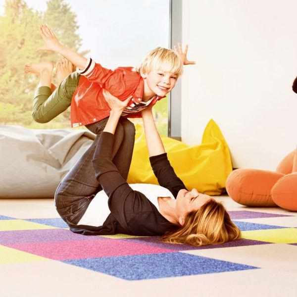 Teppichboden aus Schurwolle bunt