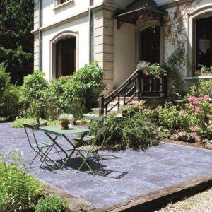 Terrassenplatten aus Beton – überraschend vielseitig