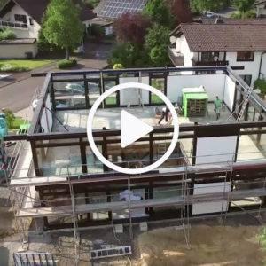 Video über den Aufbau eines HUF Hauses im Zeitraffer