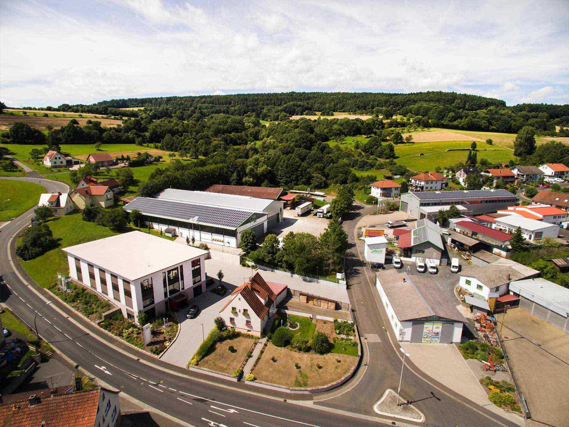 ALBERT Haus Luftaufnahme Firmengelände
