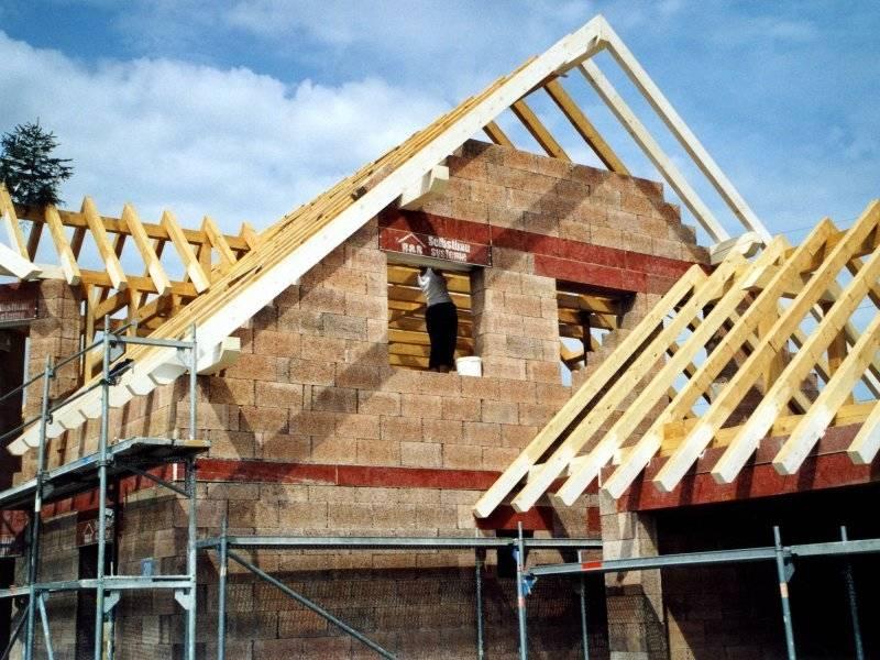 Dachstuhl eines Selbstbauhauses von B&S Selbstbausysteme