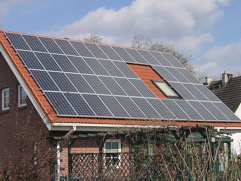Beispielhaus mit Photovoltaikanlage der Ever Energy Group