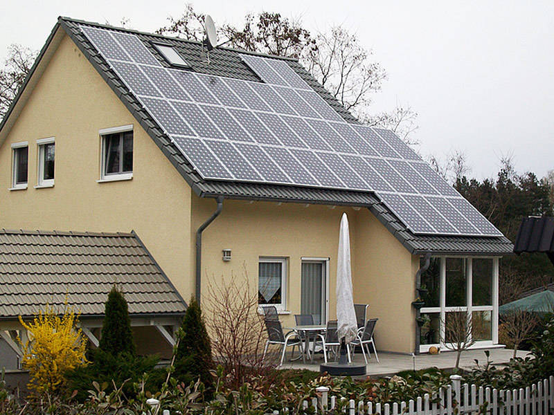 Einfamilienhaus mit Photovoltaik der Ever Energy Group