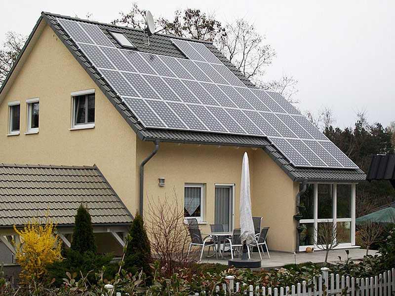 Einfamilienhaus mit Photovoltaik der Ever Energy Group