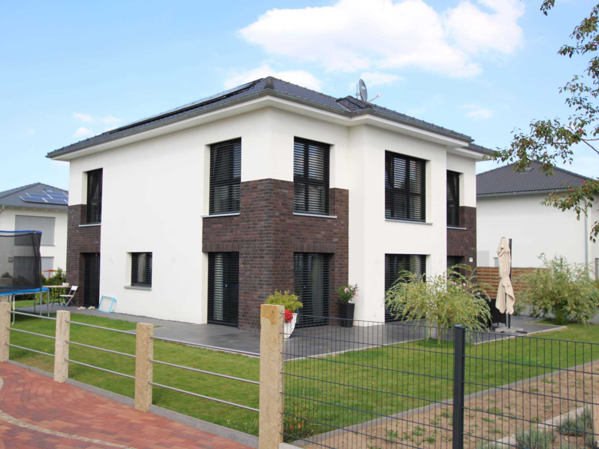 NURDA-Hausbau Stadthaus
