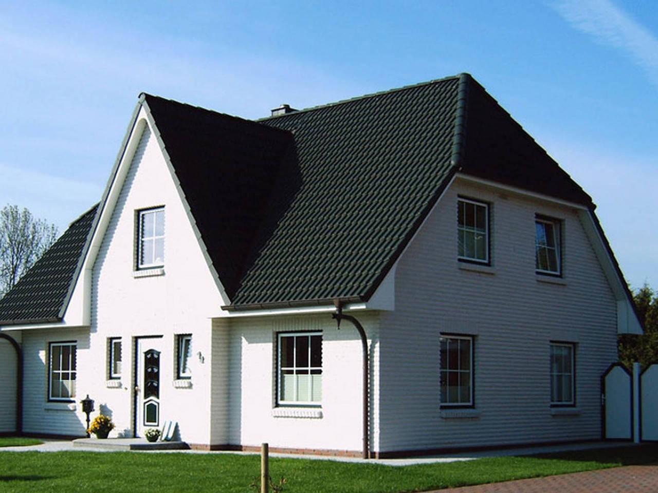 Friesengiebel Haus Baerwolf Bauregie
