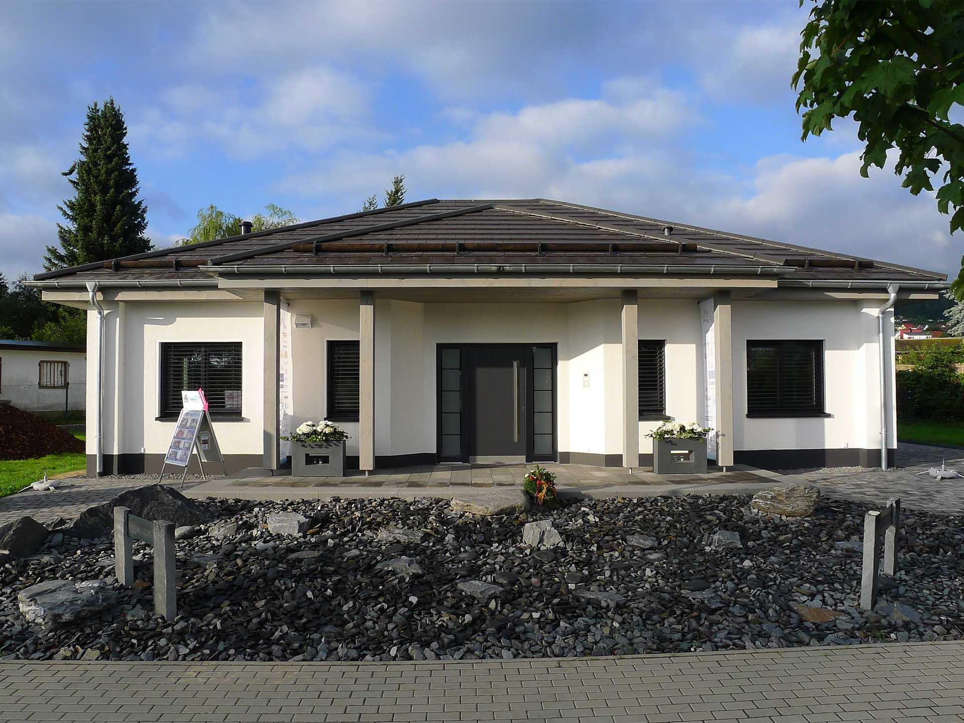 HSE Massivhaus Musterhaus Bungalow Ilmenau
