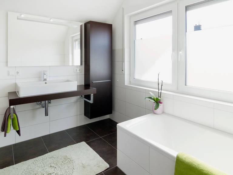 Einfamilienhaus Solera - Fingerhut Haus Badezimmer