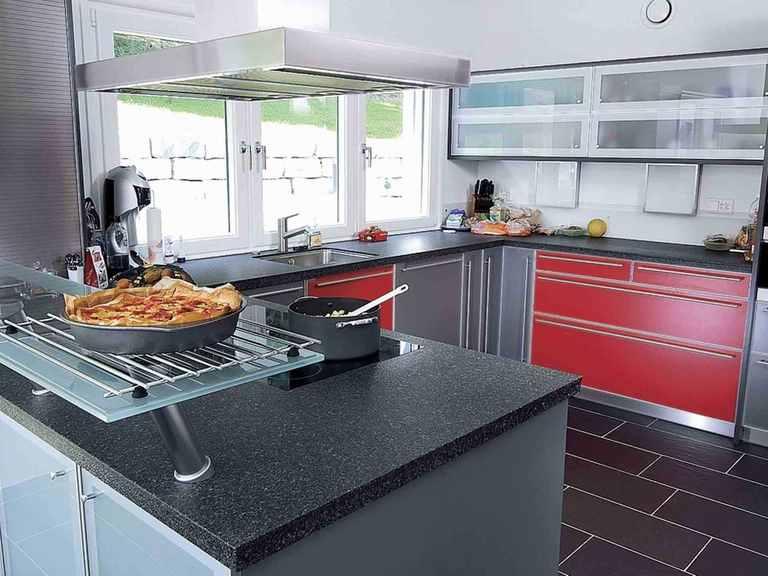 Einfamilienhaus mit Hanglage - WeberHaus Küche