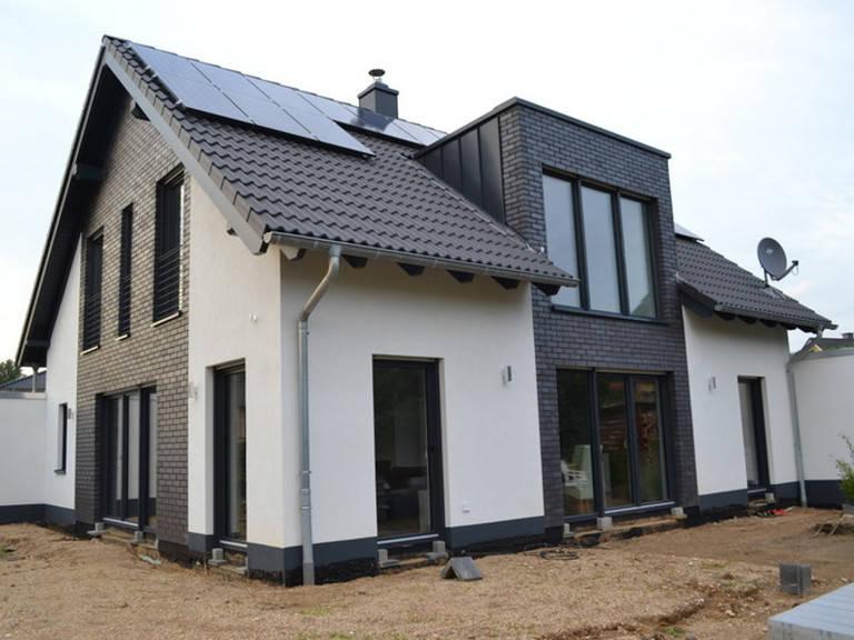 Einfamilienhaus Erker 200 von Argus Direktbau