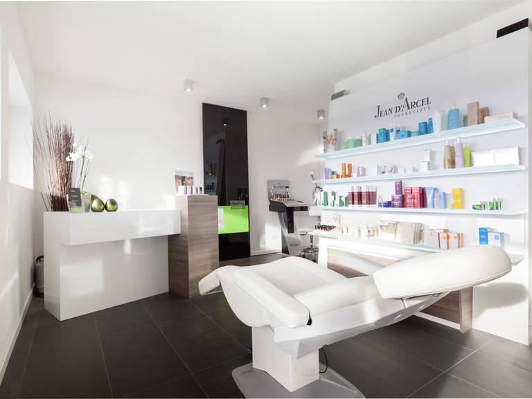 Bauhaustyp 1 Kosmetikstudio von Zimmermann Haus