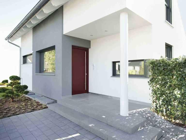 Musterhaus Balance 250 - WeberHaus Eingang