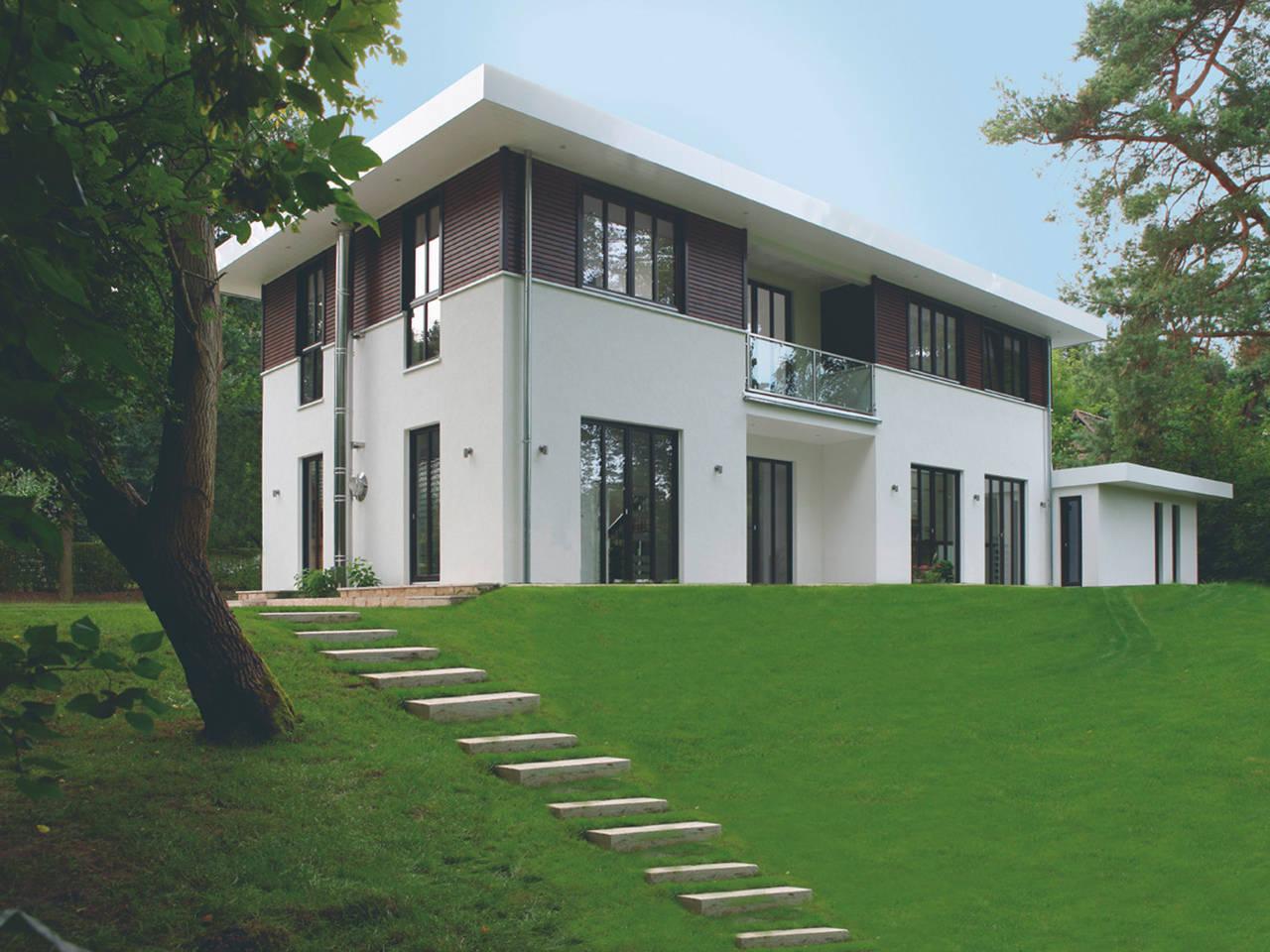 Bauhausvilla Aussenansicht Garten von Haacke Haus