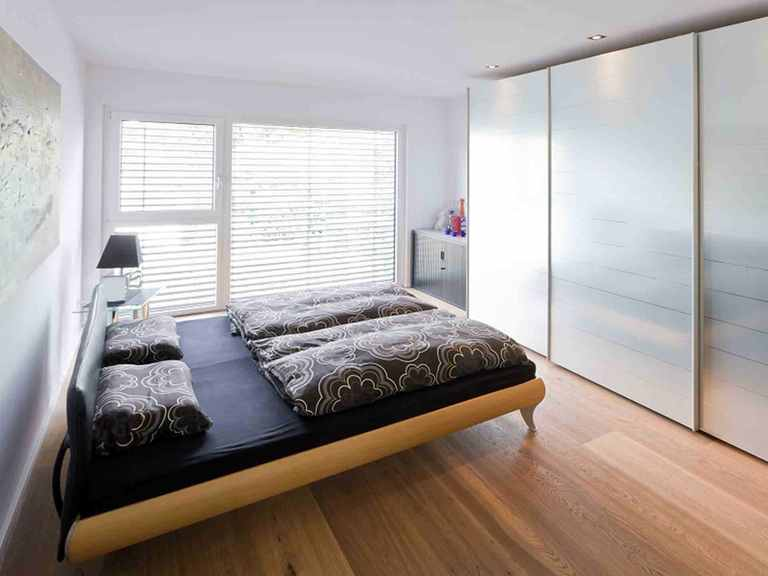 Stadthaus Santa Monica Bellavue - GUSSEK HAUS Schlafzimmer