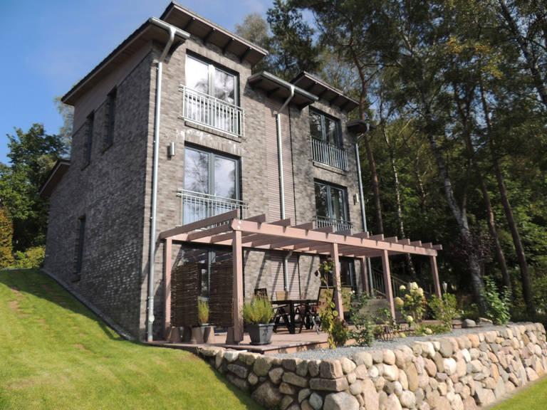 Haus 7 - Pultdachhaus mit Hanglage von kruse-haus