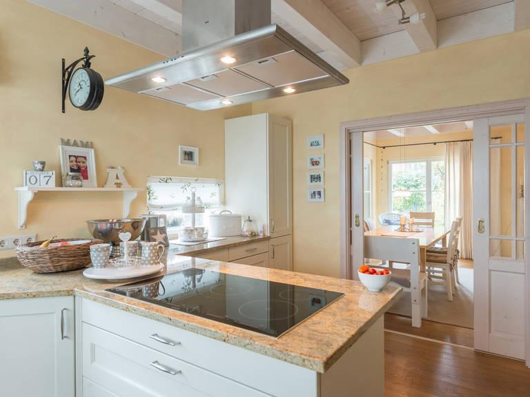Haus Design 237 Ansicht Küche von Frammelsberger Holzhaus
