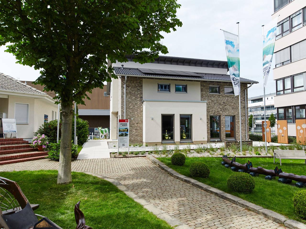 Musterhaus Madeleine von GUSSEK HAUS - Ansicht 2