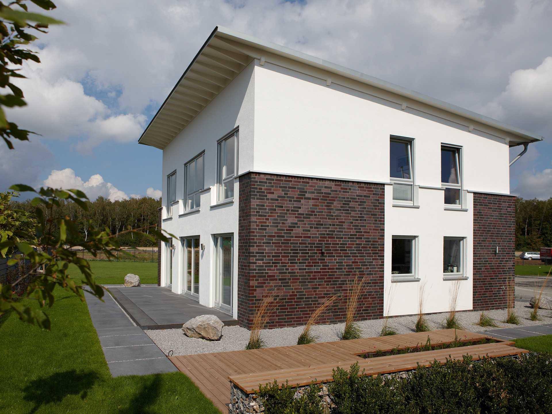 Musterhaus DIana von Gussek Haus - Seitenansicht