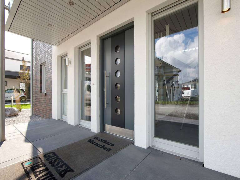 Musterhaus Diana von Gussek Haus - Eingangstür