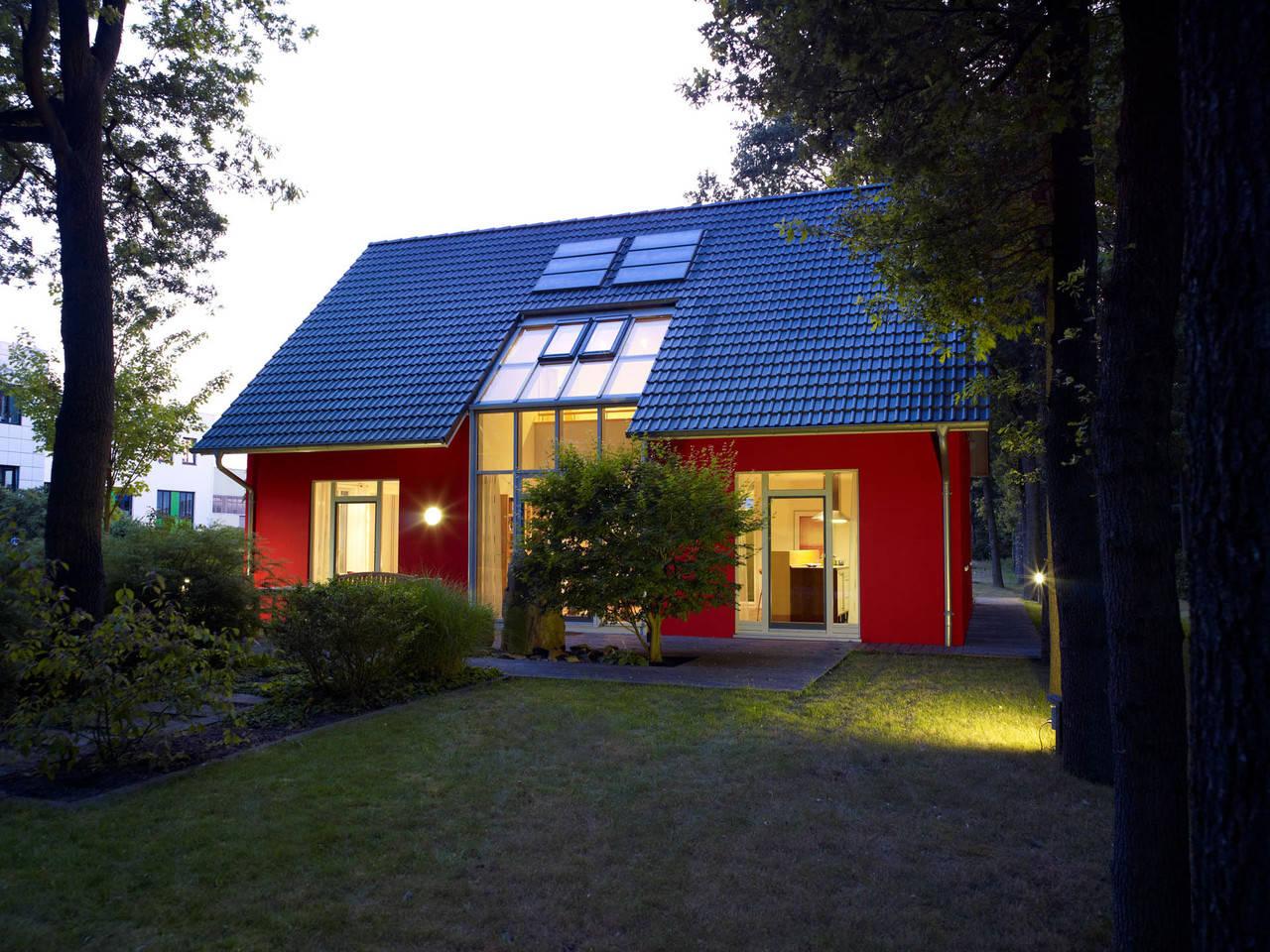 Musterhaus Svenja von Gussek Haus - abends