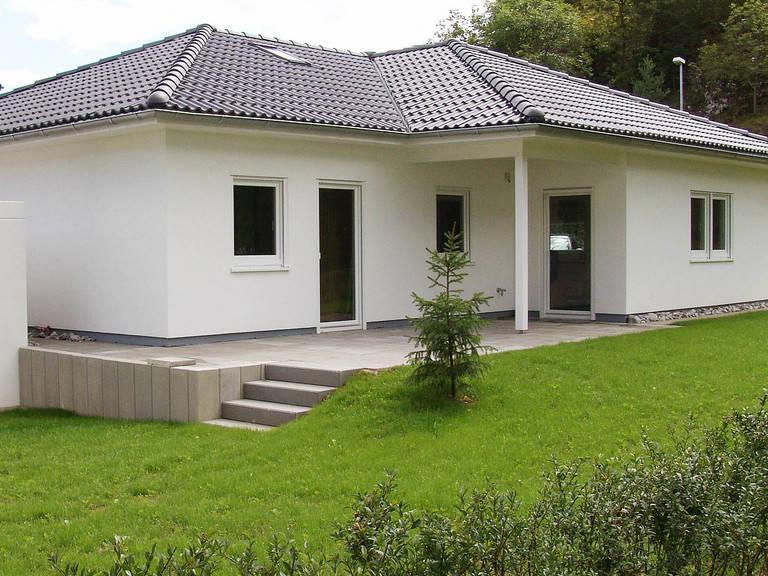 Haus Marlon von W. Leberer Massivbau Ansich