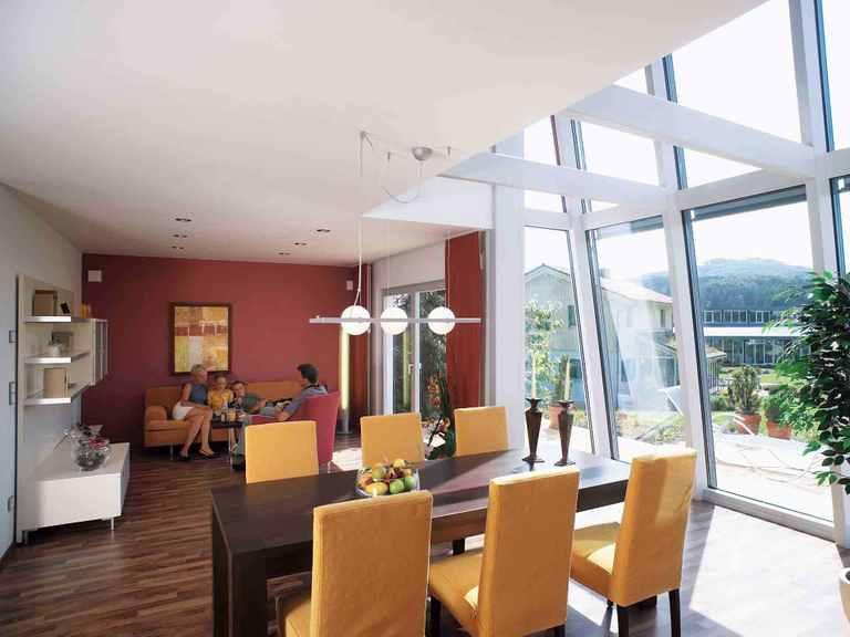 Musterhaus Vita 147 - HANSE-HAUS Wohn- und Essbereich