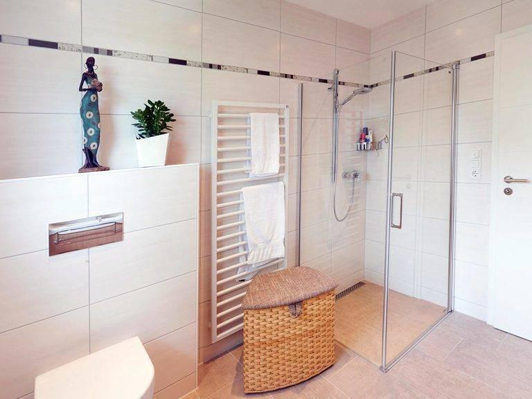 Bungalow Suno - Fingerhut Haus Badezimmer