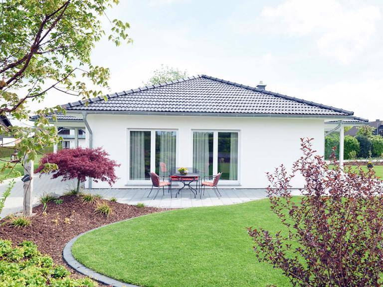 Bungalow Suno - Fingerhut Haus Gartenansicht: Terrasse
