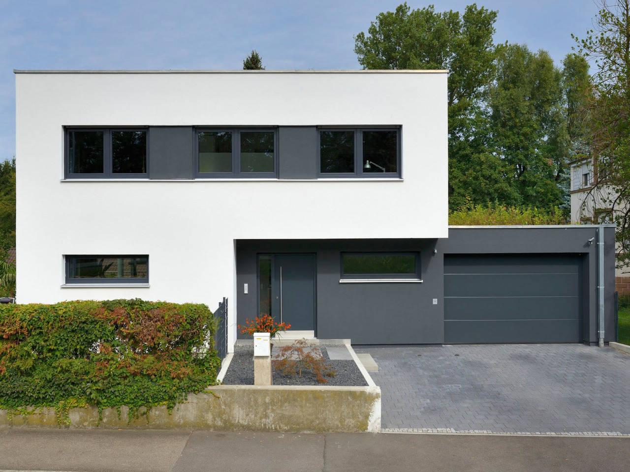 Fertighaus Weiss Bauhaus Hirsch