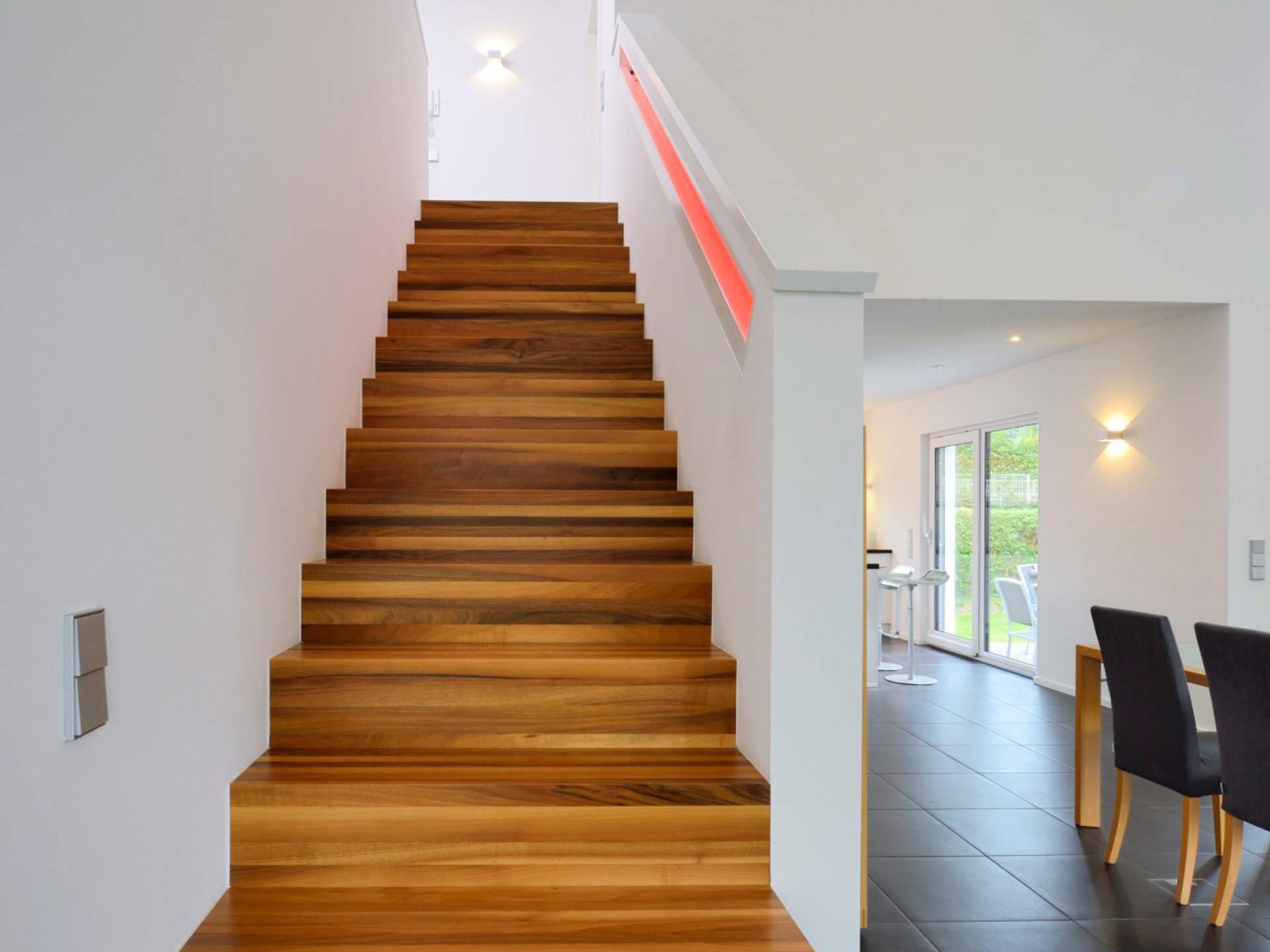 arcus treppen arcus treppen gmbh with arcus treppen fld. Black Bedroom Furniture Sets. Home Design Ideas