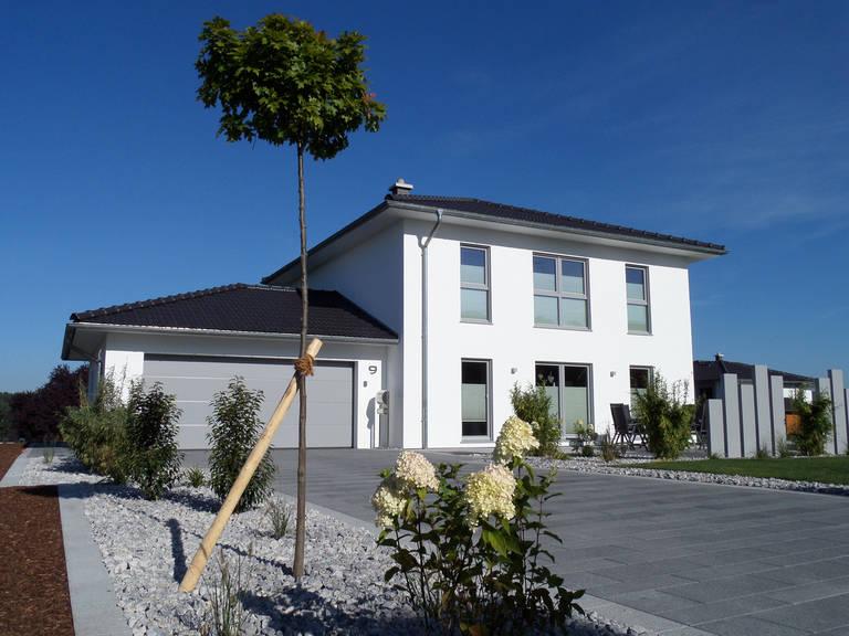 Fingerhut Haus Stadtvilla Medio mit Garage