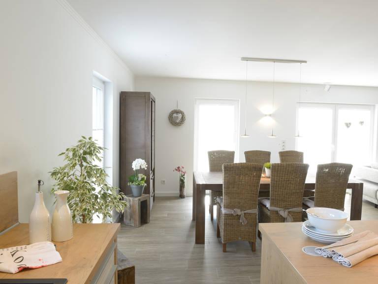 Stadtvilla Medio - Fingerhut Haus Wohn- und Esszimmer