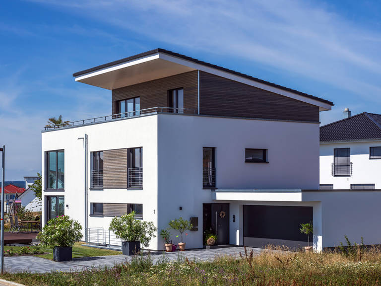 Bauhausstil empfingen kitzlingerhaus for Modernes haus dachterrasse