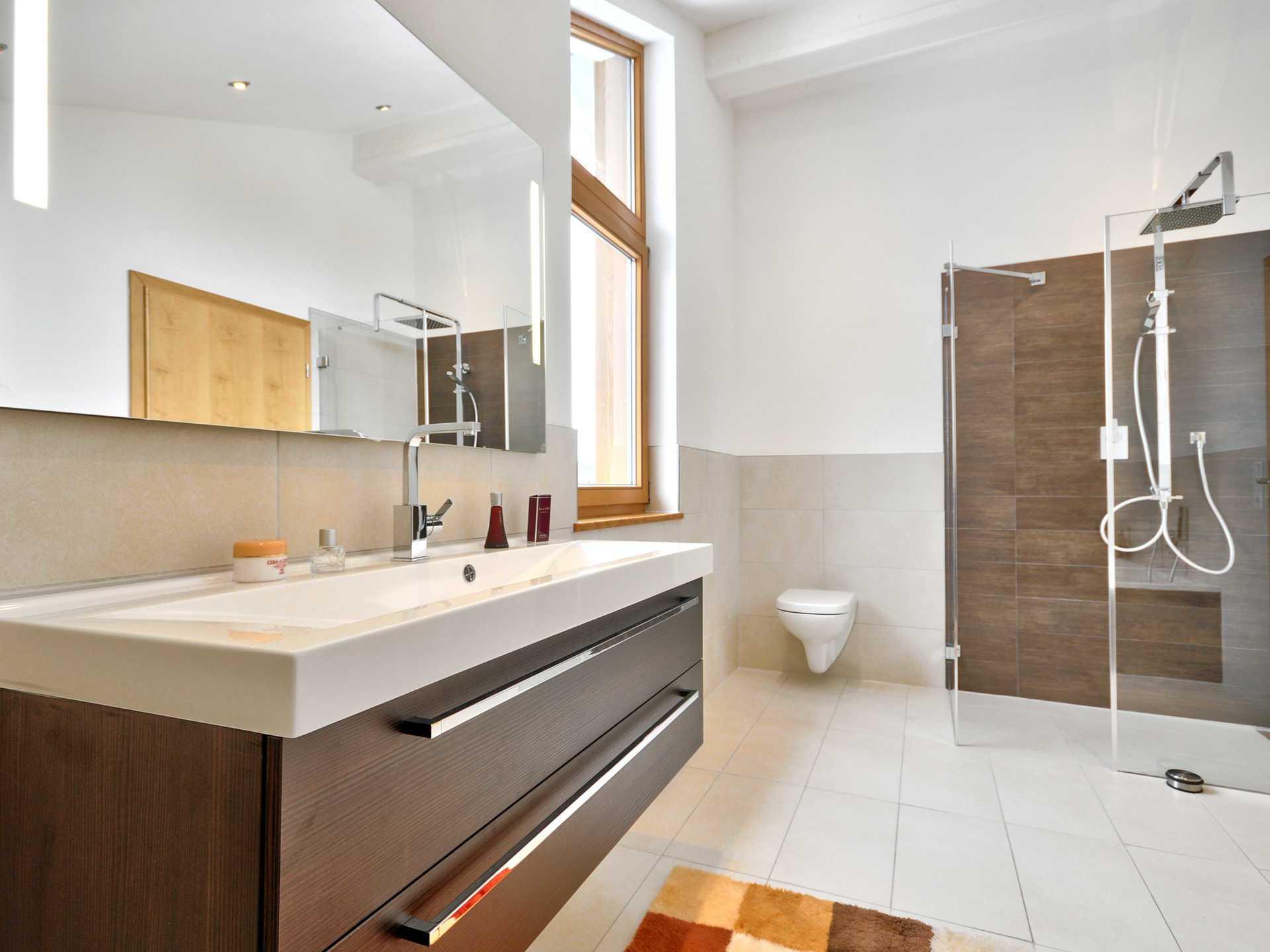 Musterhaus badezimmer  Musterhaus Poing - ALBERT Haus