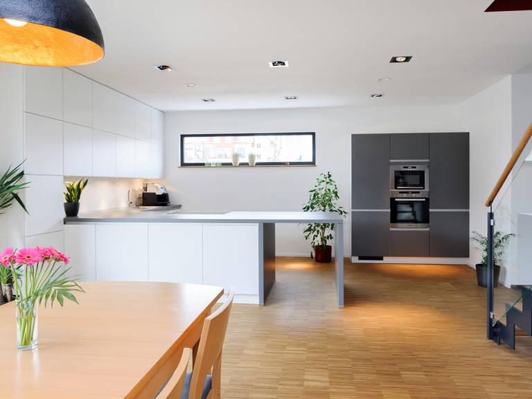 Küche - Einfamilienhaus im Bauhausstil - ALBERT Haus