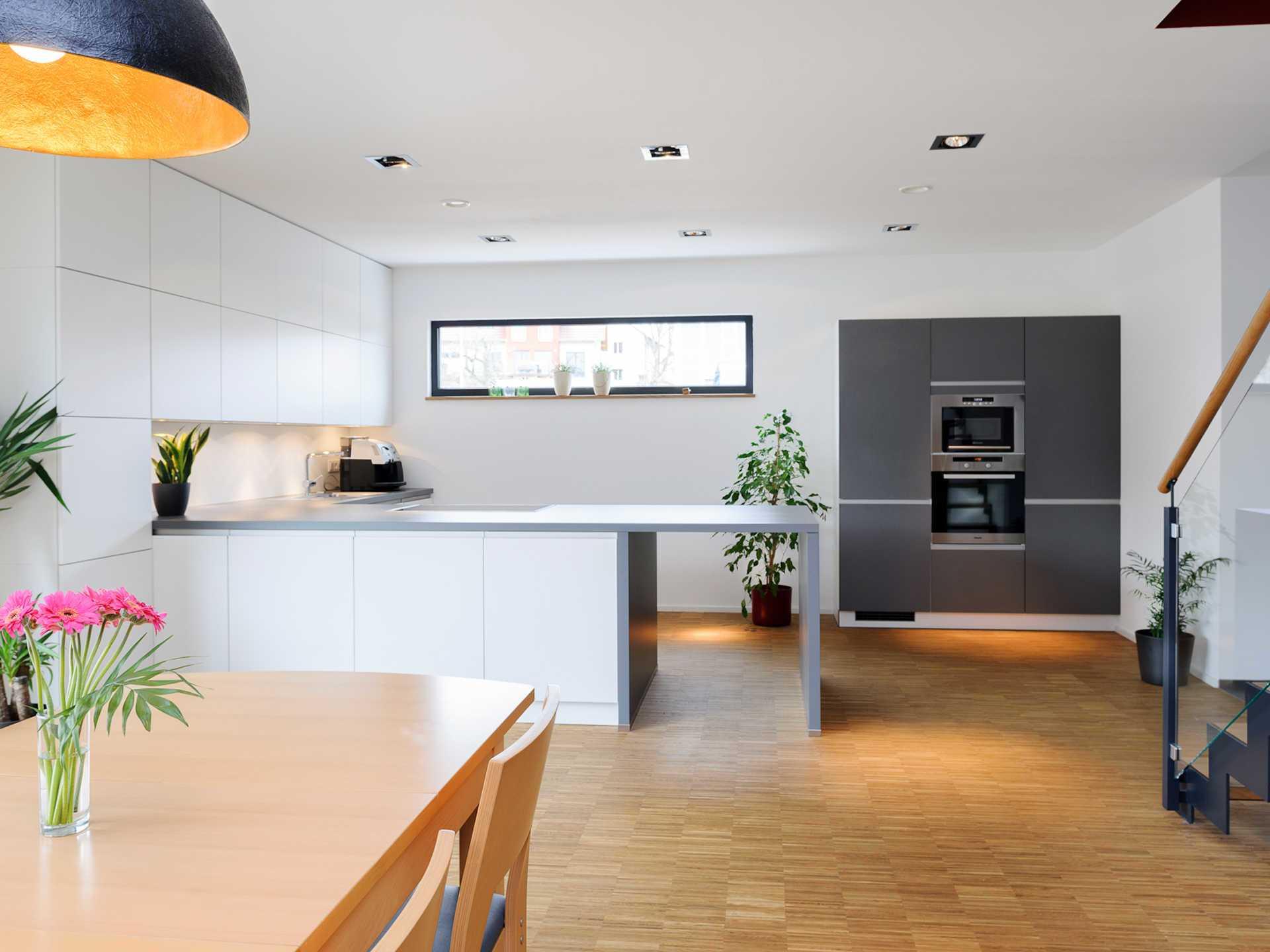 einfamilienhaus im bauhausstil albert haus. Black Bedroom Furniture Sets. Home Design Ideas
